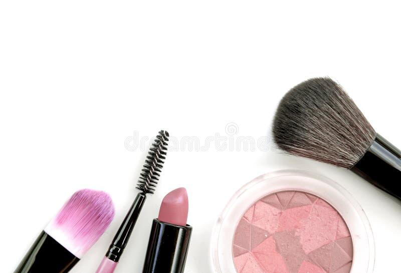 Download Collection De Maquillage Et Isolat Professionnels D'outils Sur Le Blanc Photo stock - Image du balai, charme: 87707652