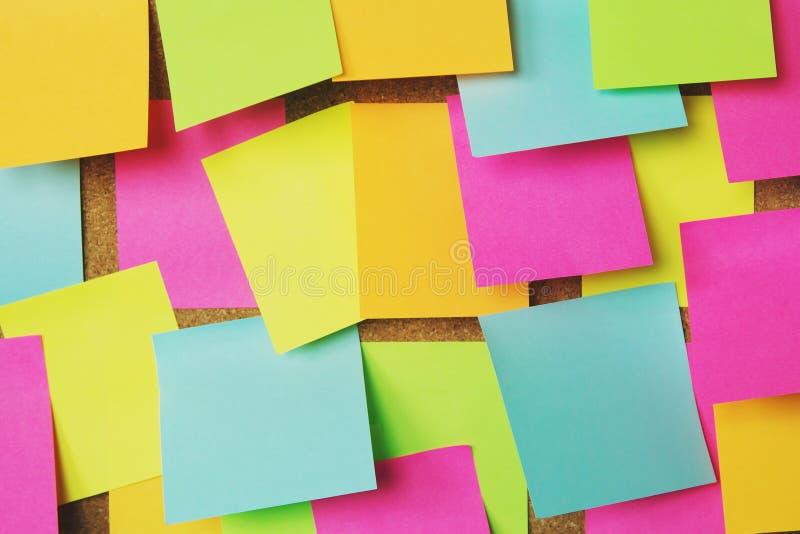Collection de post-it color? de vari?t? notes collantes de rappel de papier de note image libre de droits