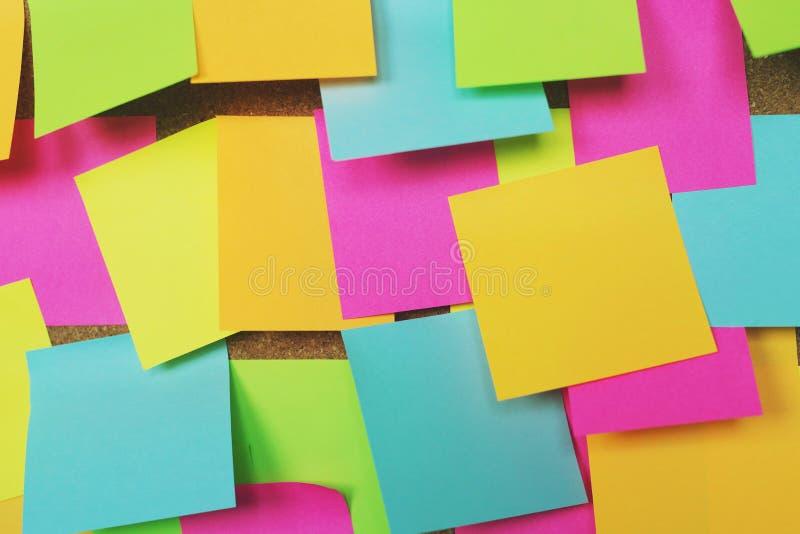 Collection de post-it color? de vari?t? notes collantes de rappel de papier de note photographie stock libre de droits