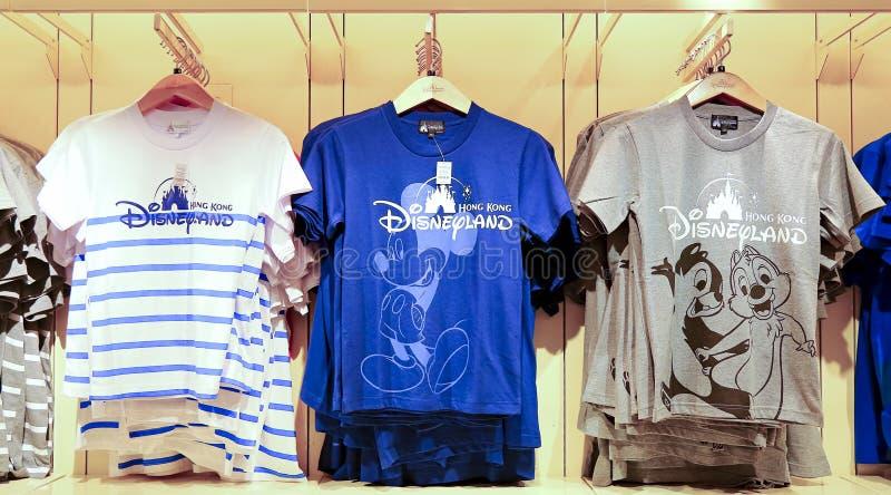 Collection de T-shirts de Disney photographie stock