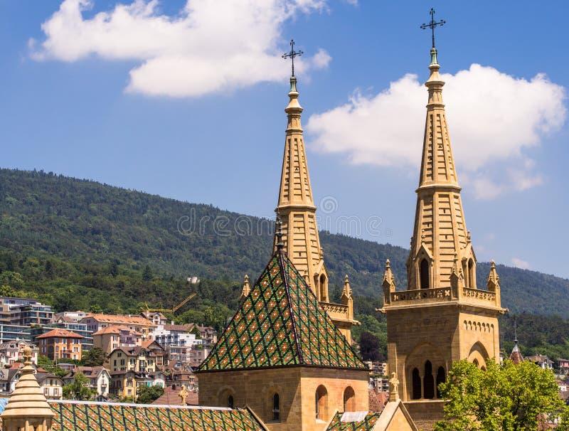 Collegiale Kerk in Neuchâtel, Zwitserland stock foto's