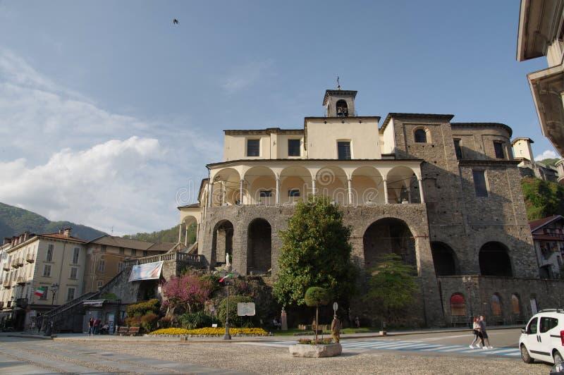 Collegiata i Varallo Sesia, Piedmont, Italien arkivbilder