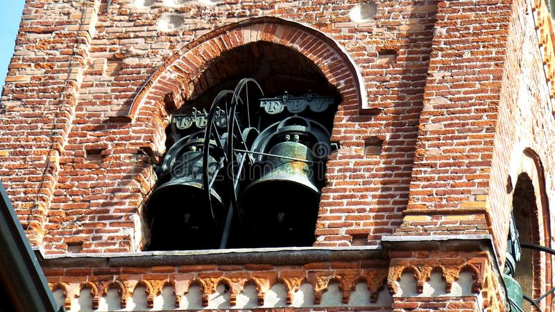 Collegiata Klocka torn Medioeval by Castiglione Olona Italien arkivbild