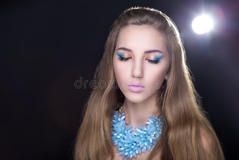 Collier bleu lumineux image libre de droits