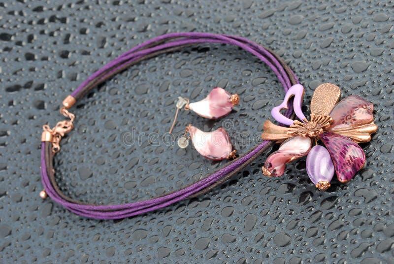 Collier de luxe de fleur photo libre de droits