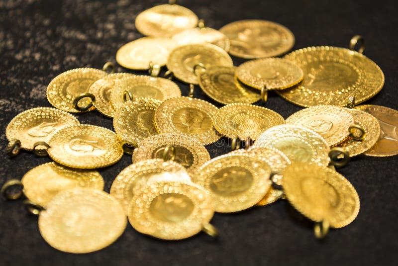 1/4 collier de pièce d'or de turc photographie stock libre de droits