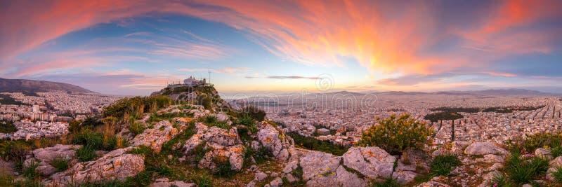 Colline de Lycabettus à Athènes photographie stock libre de droits