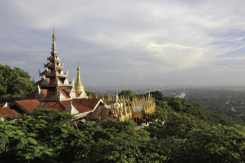 Colline de Mandalay images libres de droits