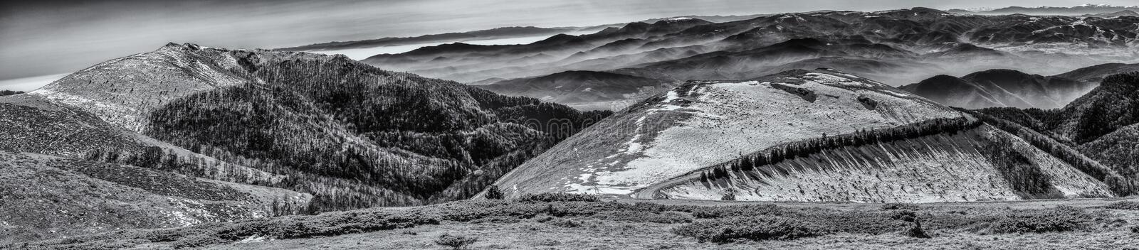 Collines d'hiver photo stock