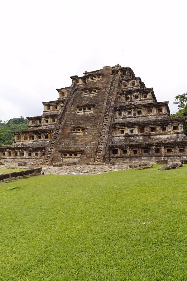 Coloca a pirâmide Tajin VII fotos de stock