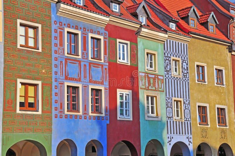 Colofulhuizen van Poznan stock afbeeldingen