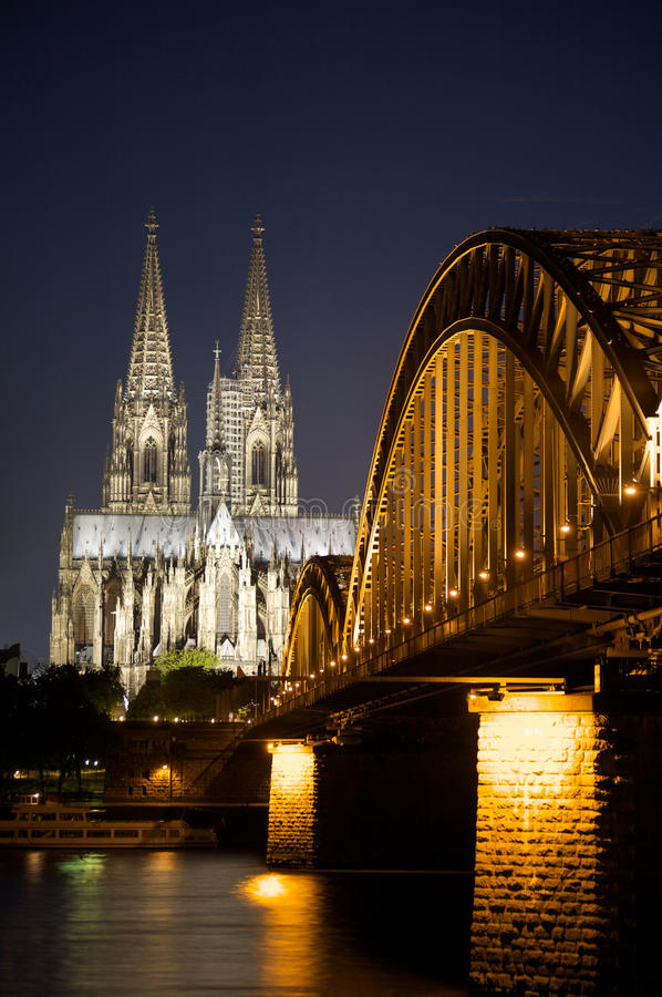 Free Cologne Cathedral Royalty Free Stock Photography - 10588327
