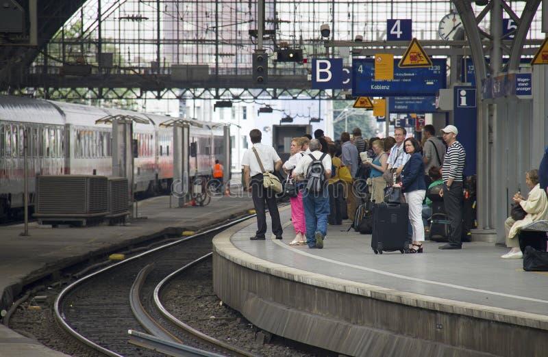 Download Cologne Järnvägsstation, Tyskland Redaktionell Foto - Bild av inget, stänger: 37349490