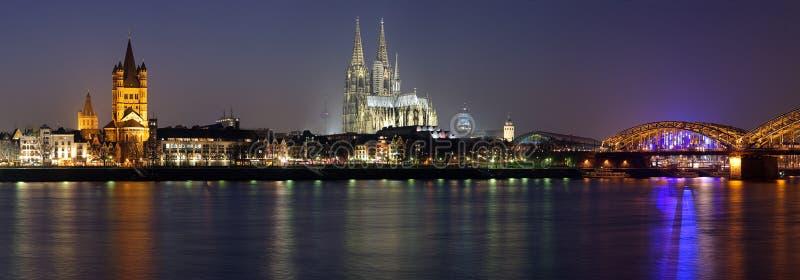 cologne wieczór panoramy Rhine rzeka obrazy royalty free