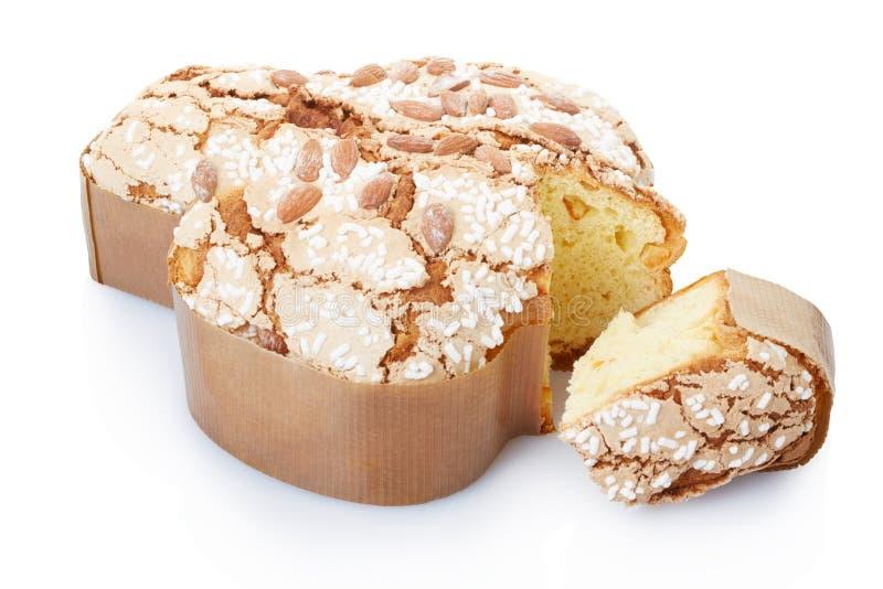 Colomba, torta de Pascua del italiano con la rebanada fotografía de archivo libre de regalías