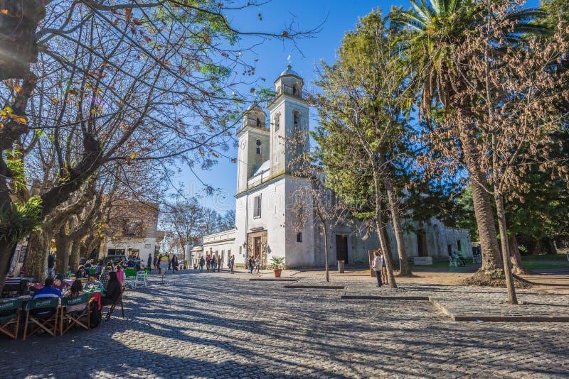 Colonia Del Sacramento - Juli 02, 2017: Kerk in de oude stad van Colonia Del Sacramento, Uruguay royalty-vrije stock foto's