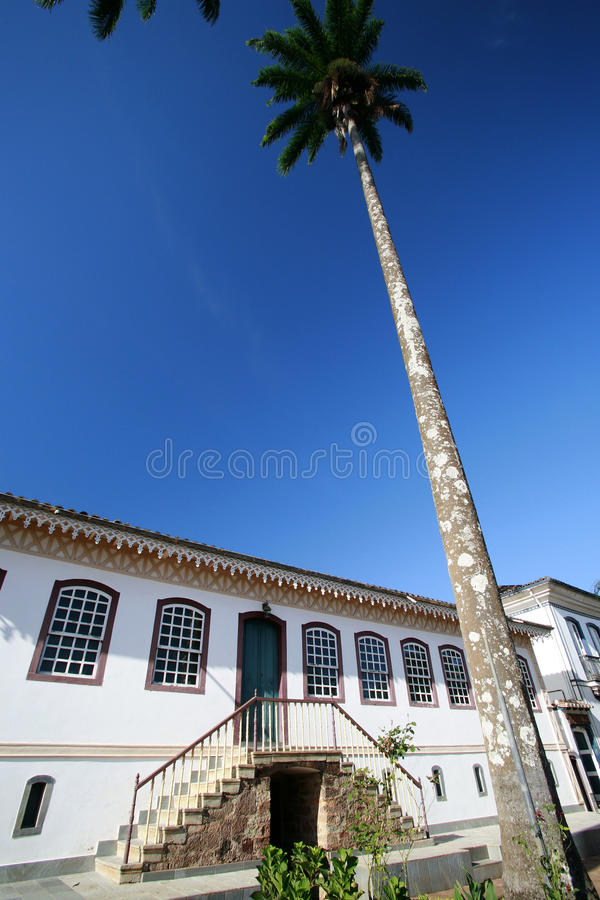Download Colonial House Royalty Free Stock Photo - Image: 16785585