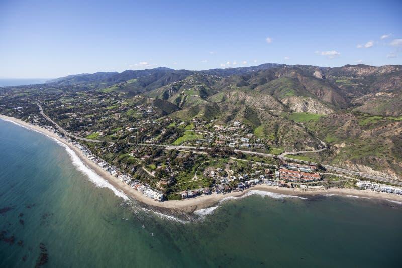 Colonie aérienne la Californie de crique de Malibu photographie stock libre de droits