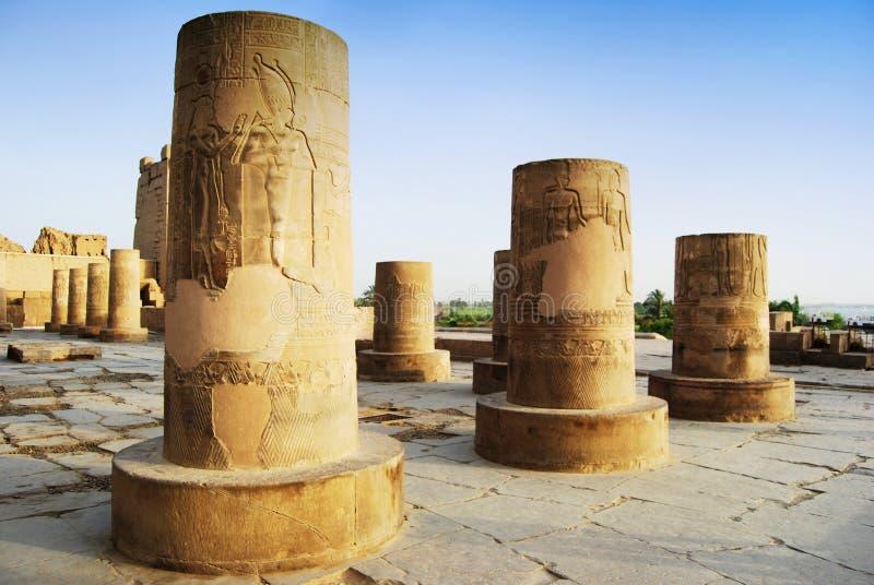 Colonna antica in tempio di Kôm Ombo, Egitto fotografia stock libera da diritti