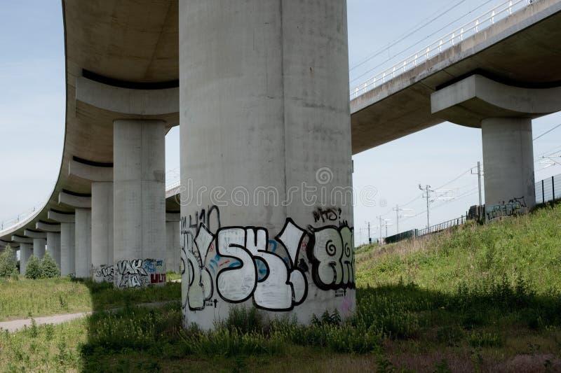 Colonna dei graffiti fotografie stock libere da diritti