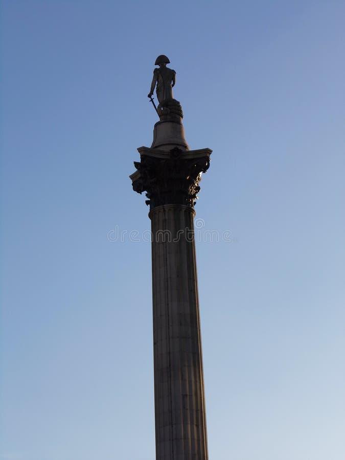 Colonna del monumento nazionale di Nelson in Trafalgar Square a Londra, Regno Unito immagini stock libere da diritti