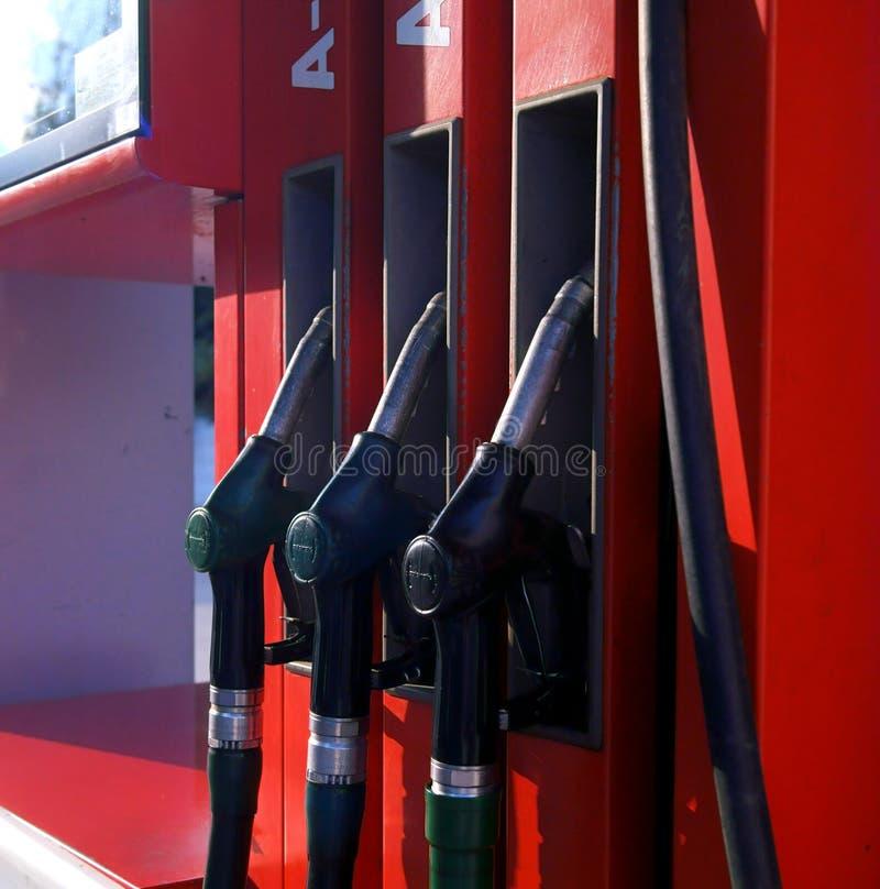 Colonna della benzina del primo piano per rifornire di carburante fotografia stock