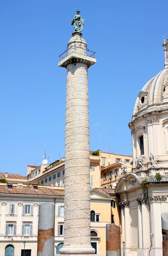 Colonna di Traian a Roma, Italia fotografia stock libera da diritti