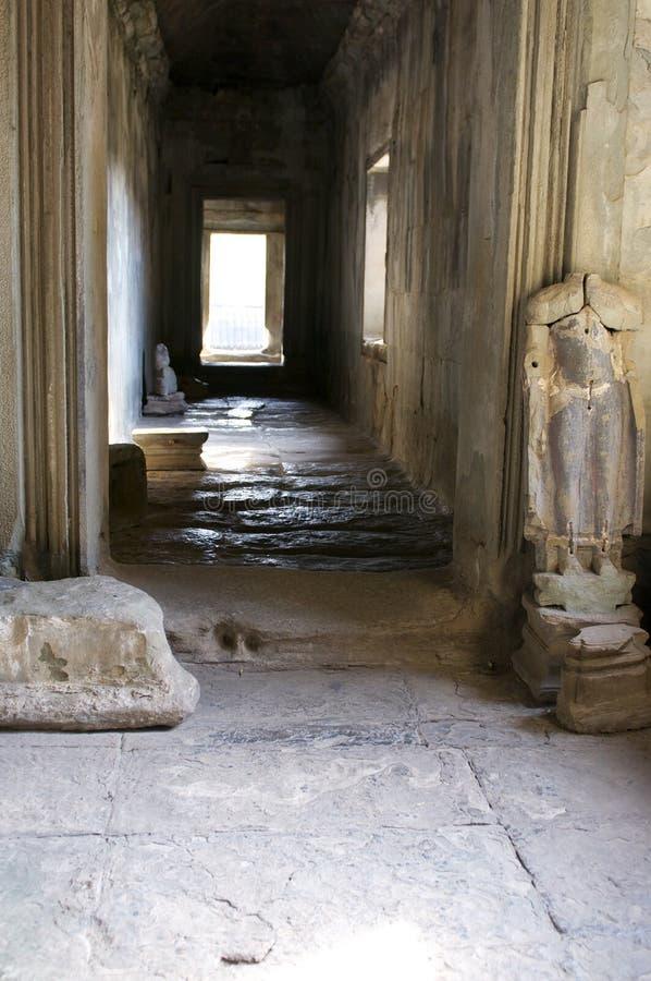 Colonnade Ankor Wat arkivfoton