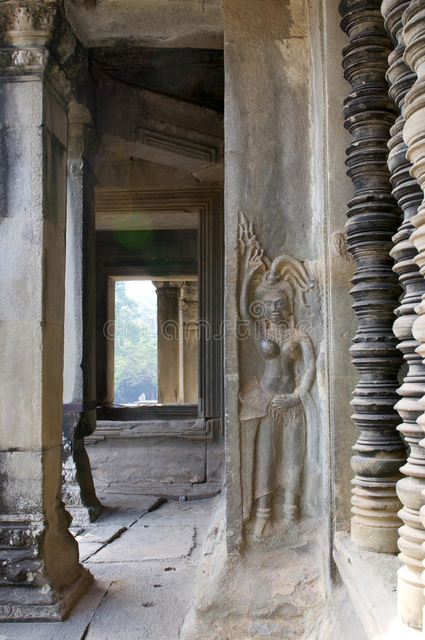 Colonnade Ankor Wat royaltyfri foto