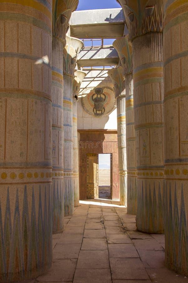 Colonnade dans des studios d'atlas image libre de droits