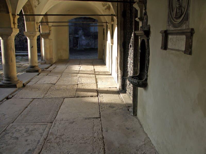 Download Colonnato immagine stock. Immagine di christianity, mattina - 125647