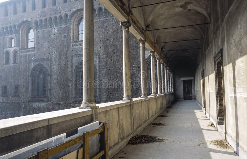 Colonnato del Castello Sforzesco immagine stock libera da diritti