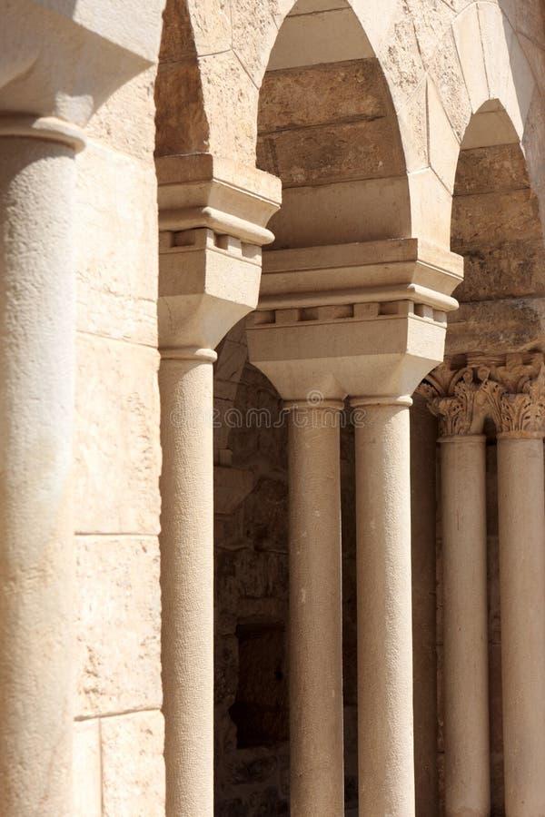 Colonnato della chiesa di natività immagine stock