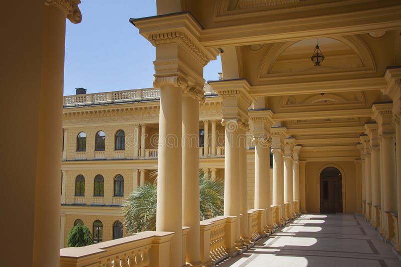 201 Bella Villa Greco Lo Stile Del Classico Del Greco ...