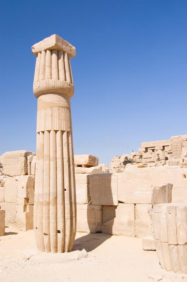 Colonne al tempiale di Karnak, Luxor, Egitto fotografia stock libera da diritti