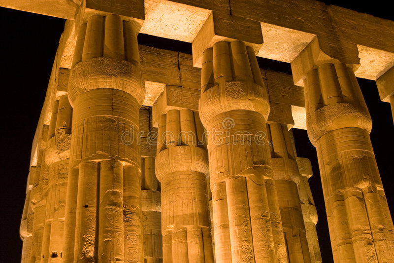Colonne del tempiale di Luxor fotografia stock libera da diritti