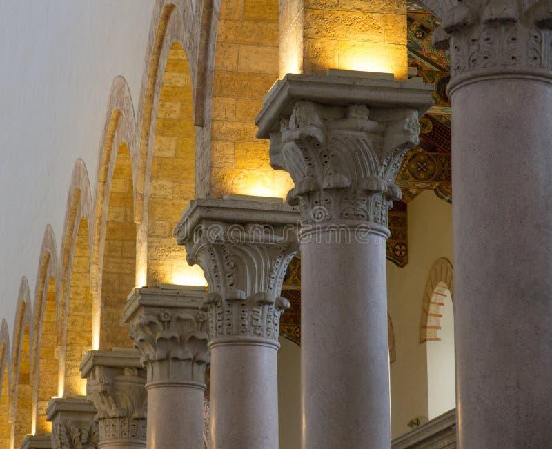 Colonne-Duomodi Messina stockbilder