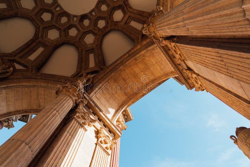 Colonnes classiques à San Francisco images libres de droits