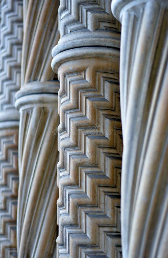 Colonnes de marbre photographie stock libre de droits