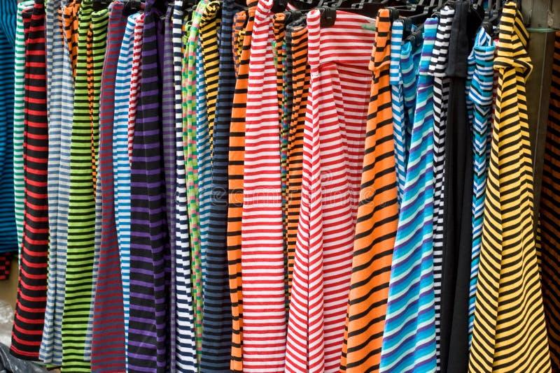 Color fodrar kläder royaltyfri bild