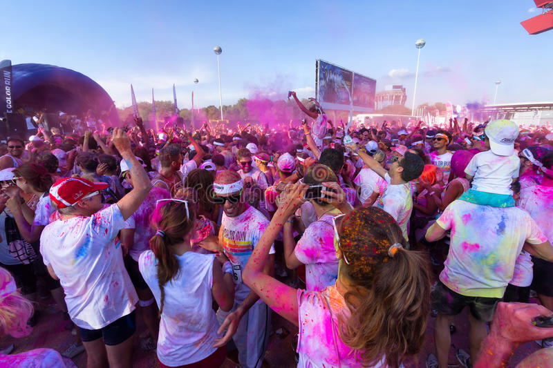 Download The Color Run 2013 In Milan, Italy Editorial Image - Image of action, athletic: 33464625