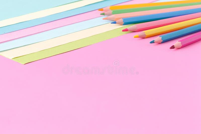 Colora o fundo liso da composição da geometria dos papéis fotografia de stock royalty free