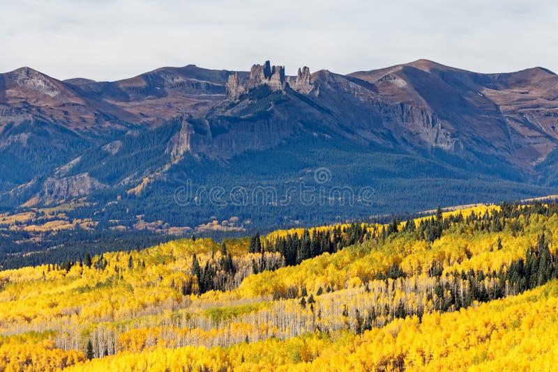 Colorado Autumn Scenery - Ohio passerande royaltyfria foton