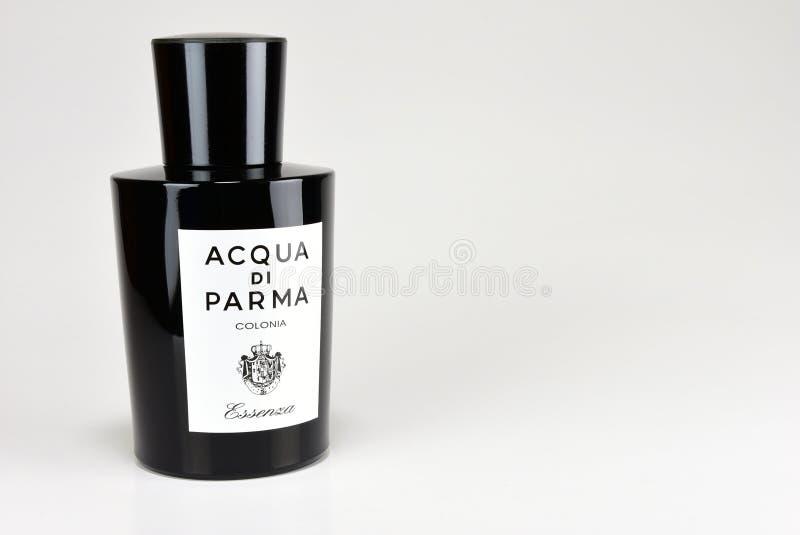 Colorado, EUA, 11/26/2017, Essenza Di Colonia, Di Parma de Acqua, fragrância para homens foto de stock