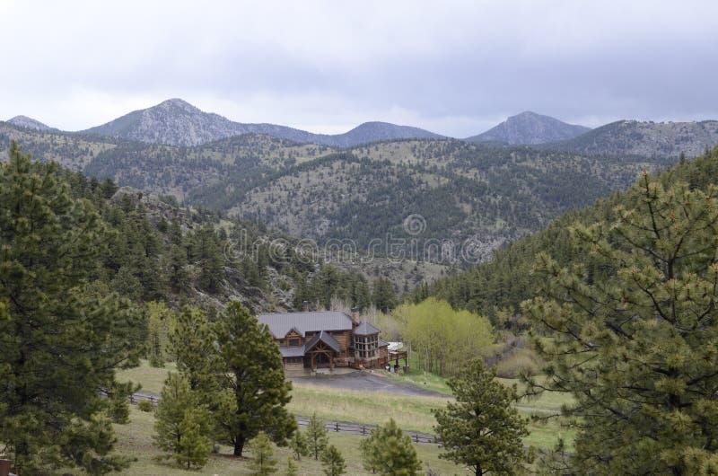 Colorado landscape. Lonley house in Colorado mountains valley royalty free stock photos