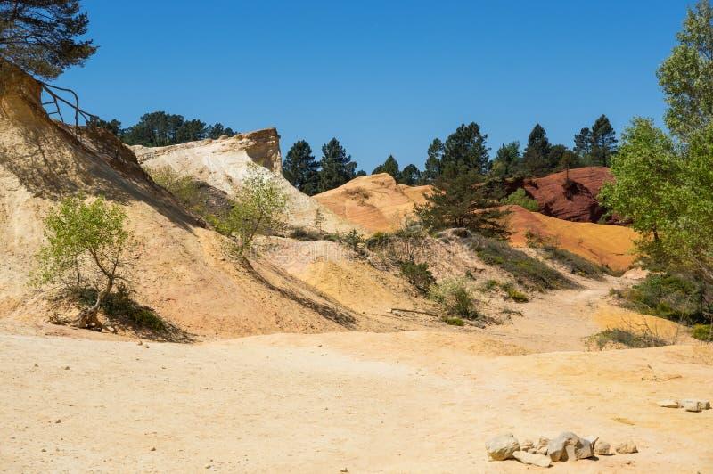 Colorado provencal en Rustrel imagenes de archivo
