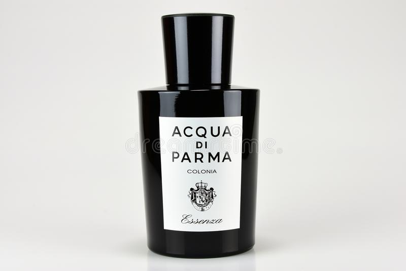 Colorado USA, 11/26/2017, Acqua Di Parma, Essenza Di Colonia, doft för män royaltyfria foton