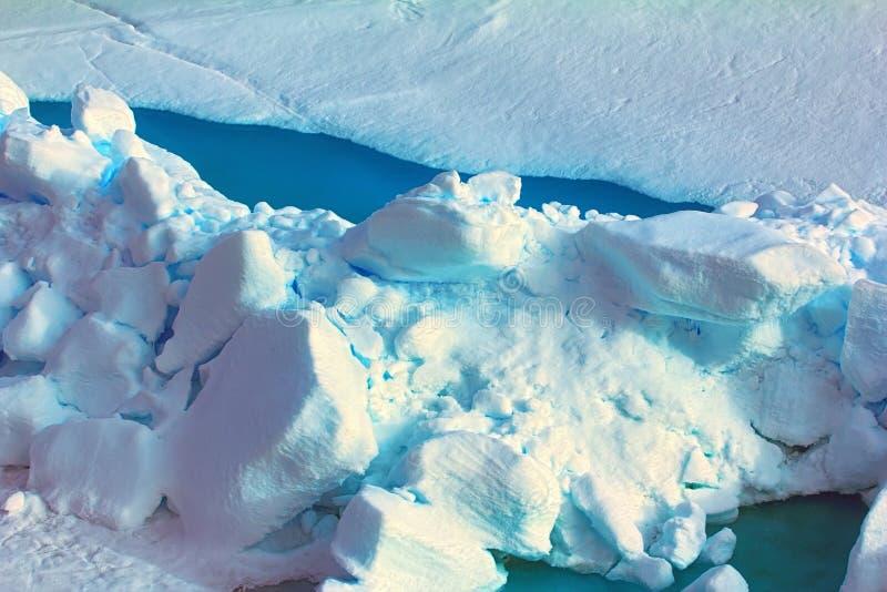 Colore blu intenso in crepe, polo nord di Toross immagine stock