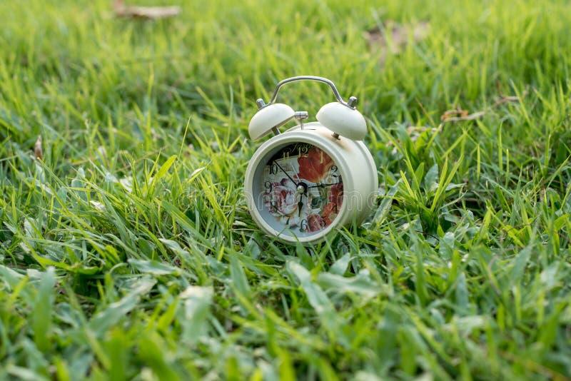 colore di bianco dell'orologio fotografia stock