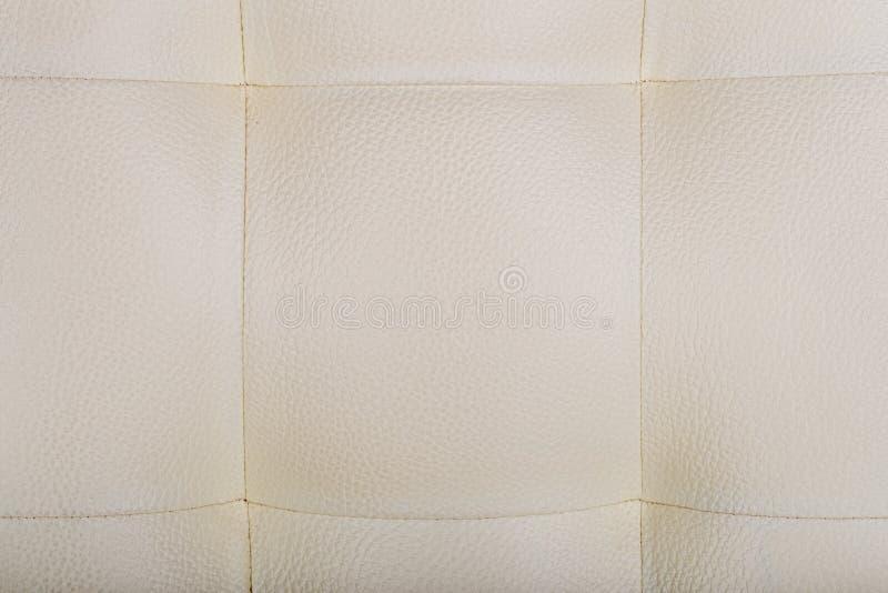 Colore di cuoio della crema del fondo della sedia di stile immagini stock libere da diritti